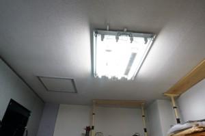 台所,天井照明