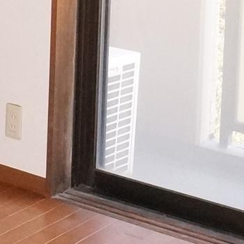 ハウスクリーニング,和室,木枠シミ取り